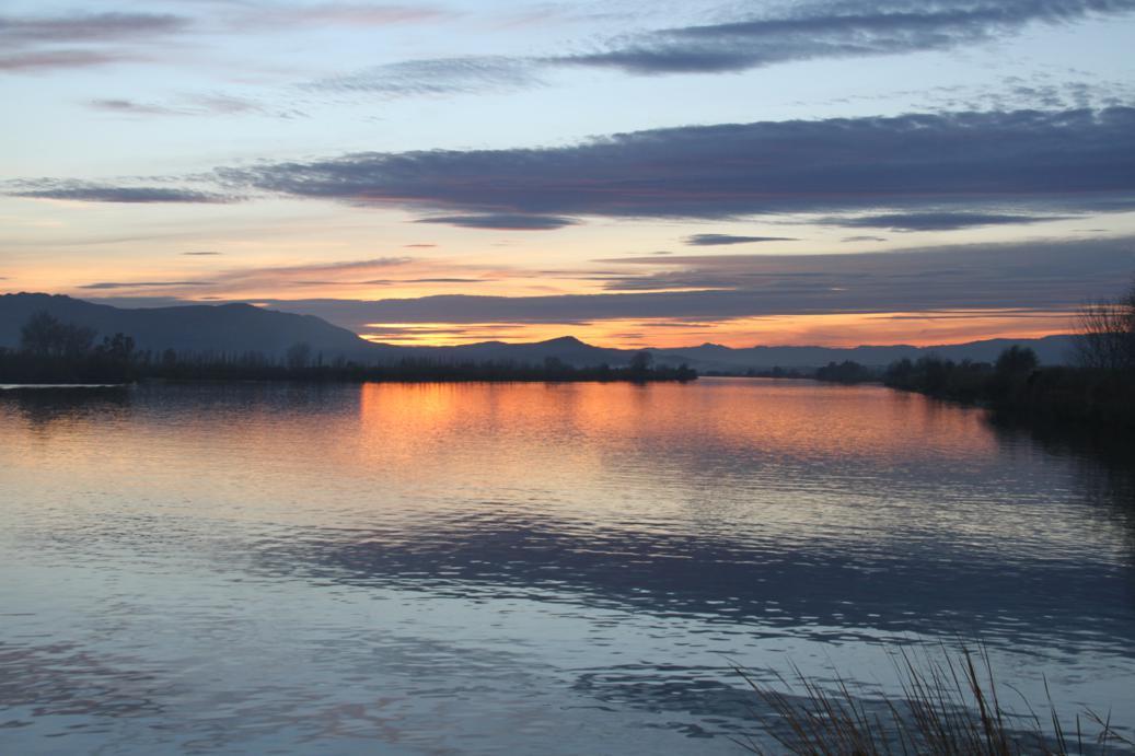 posta de sol al riu Ebre